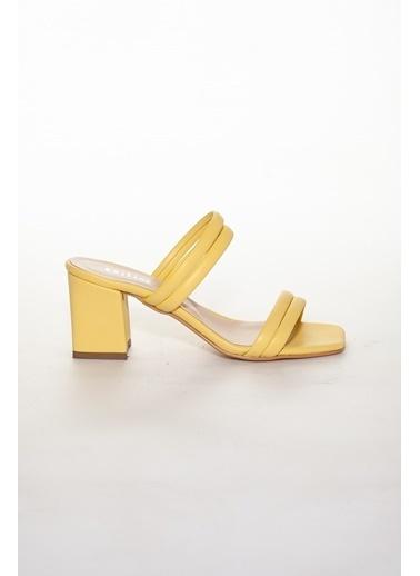Dilimler Ayakkabı Terlik Sarı